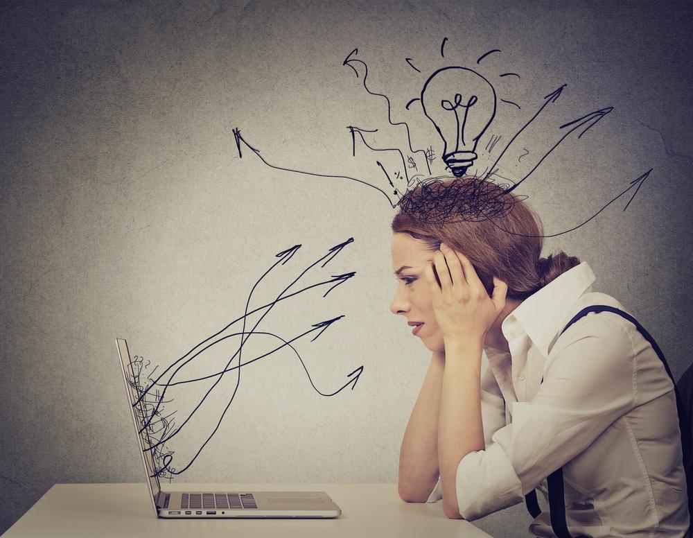Gestire una pagina Fecebook: postare, moderare e gestire i problemi.